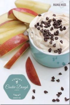 YUMMMMM - Cookie Dough Yogurt | @mamamissblog