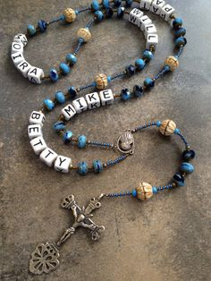 Mother's Rosary. How cool. I want to make one!