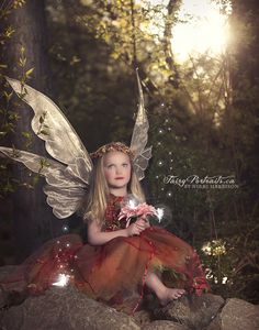 Kelowna Fairy Portraits – Outdoor Sessions | Vancouver Fairy Portraits