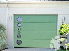 #brama #garazowa z serii #design może być wzbogacona o elementy ze stali nierdzewnej http://ryterna.pl/produkty/bramy-z-serii-design/brama-design