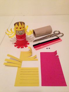 Crafts For Seniors, Crafts For Girls, Fun Crafts, Princess Crafts, Construction Paper Crafts, Rolled Paper Art, Recycled Crafts Kids, Kids Canvas, Toilet Paper Roll Crafts