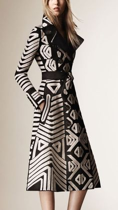 Tape Embroidery Cotton Sateen Coat Black   Burberry