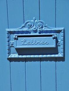 Blue Mail Slot | Alice au pays des Merveilles