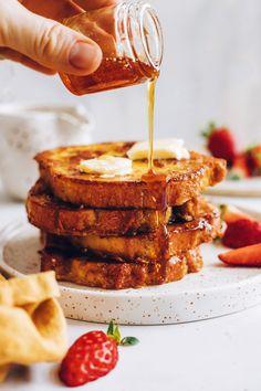 Vegan Breakfast Recipes, Vegan Recipes, Breakfast Ideas, Vegan Ideas, Vegan French Toast, Plant Based Breakfast, Baker Recipes, Plant Based Eating, Vegan Sweets