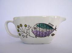 Rorstrand Sweden 'Petri' sauce / gravy boat Vintage Dishes, Vintage China, Vintage Ceramic, Swedish Design, Scandinavian Design, Retro Kitchen Accessories, Swedish Dishes, Cool Fish, Fish Design