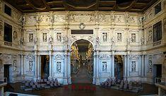 Interior del Teatro Olímpico de Vicenza, obra póstuma de Andrea Palladio