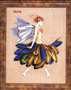 The Feather Fairy - 1/7 Solo Patrones Punto Cruz (pág. 385) | Aprender manualidades es facilisimo.com