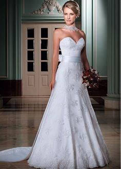 Buy discount Alluring Lace & Tulle & Satin Sweetheart Neckline 2 in 1 Wedding Dresses with Detachable Jacket at Dressilyme.com