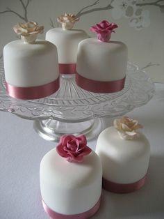 Sarita mini cakes | Flickr - Photo Sharing!