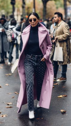 The Best Street Style Looks From Paris Fashion Week Spring 2018 - Fashionista Style Hipster, Hipster Fashion, Cool Street Fashion, Fashion Week, Paris Fashion, Autumn Fashion, Womens Fashion, Fashion Trends, Fashion Ideas