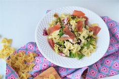 Salata Primavera cu paste - Retete culinare by Teo's Kitchen Fusilli, Prosciutto, Potato Salad, Bacon, Brunch, Healthy Eating, Potatoes, Mexican, Ethnic Recipes