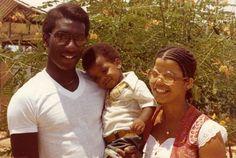 Jonestown cult survivor recalls horrifying massacre In a new A&E documentary, Leslie Wagner-Wilson tells the story of how she survived . Joe Wilson, Jonestown Massacre, Utopian Society, Big Group, Urban Legends, Cute Family, News Channels, True Crime, Things To Know