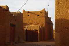 Hausas adobe architecture