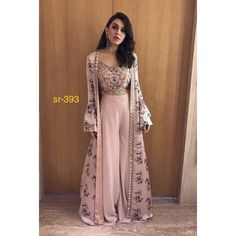 Indian Wedding Guest Outfit Ideas That Can Never Go Wrong - Wedding Outfit, Stylish Dresses, Trendy Outfits, Fashion Dresses, Kimono Fashion, Indian Gowns, Pakistani Dresses, Indian Wear, Indian Henna, Henna Mehndi