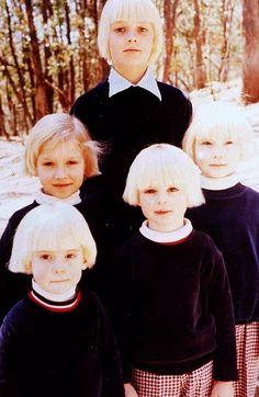 Escondida en las llanuras del lago Eildon, a las afueras de Melbourne, existió una casa cuyas paredes fueron testigos del crecimiento de una de la sectas más inquietantes entre todas las surgidas nunca en Australia. Anne Hamilton-Byrne, su carismática y cruel líder, la bautizó con el nombre de La Familia.   Varias decenas de niños fueron adquiridos por Anne a través de estafas, cuando por ese tiempo la adopción estaba mal regulada en el país.