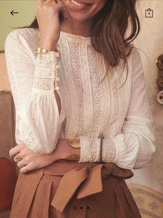 design of blouse back \ design of blouse . design of blouse patterns . design of blouse sleeves . design of blouse back . design of blouse indian weddings Look Fashion, 90s Fashion, Spring Fashion, Fashion Outfits, Fashion Tips, Ankara Fashion, Africa Fashion, Fashion Ideas, Girl Fashion