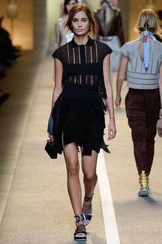 Fendi Spring 2015 Ready-to-Wear - Collection - Gallery - Look 39 - Style.com