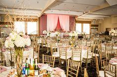 peach, white and gold wedding decor photo by Dina Chmut
