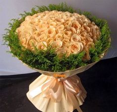 Imagine roses and roses bouquets