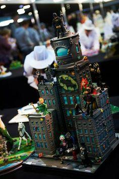 Cake International GOLD and award winning Batman cake - Cake by Richardscakes Lego Batman Cakes, Superhero Cake, Gorgeous Cakes, Amazing Cakes, Cupcakes, Cupcake Cakes, Batman Wedding, Cake International, Batman Birthday