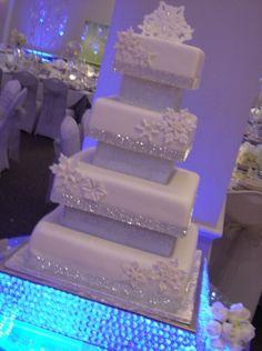 winter wedding cakes 41 Popular Wonderland Wedding Cake Ideas For Winter Bling Wedding Cakes, Themed Wedding Cakes, Cool Wedding Cakes, Elegant Wedding Cakes, Beautiful Wedding Cakes, Wedding Cake Designs, Beautiful Cakes, Winter Wedding Cakes, Winter Themed Wedding