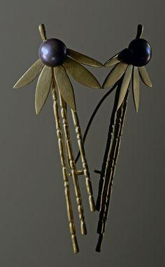 Bamboo Pearl Flower Brooch.