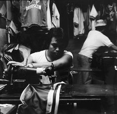 Ans Westra Sweatshop, Mindanao, Philippines , 1986 Silver gelatin print 275 x 280 mm _______ Mindanao, Artist Life, Gelatin, Auckland, New Zealand, Philippines, Art Gallery, Museum, Celebrities
