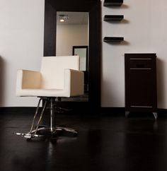 IKEA salon furniture perfect for threading station