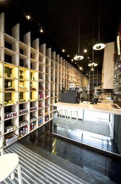 Cobbler Caballero shop by Stewart Hollenstein, Sydney
