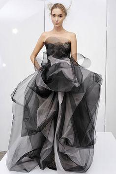 Marchesa Spring 2009 Ready-to-Wear Fashion Show - Nina de Raadt