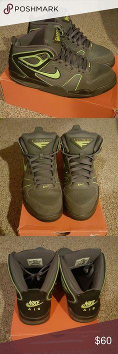 Nike air max Lifestyle shoe. Nike Shoes