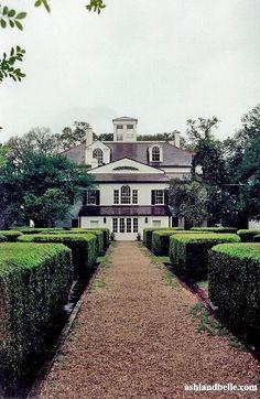 Historical Southern Antebellum Plantations
