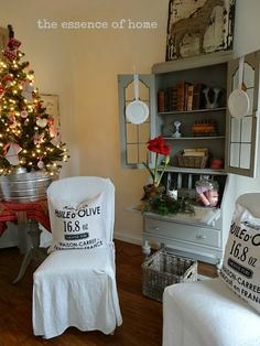 The Essence of Home: More Christmas Cheer