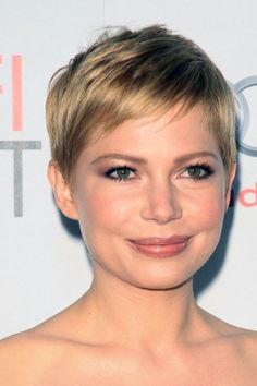Michelle Williams, makeup, pixie