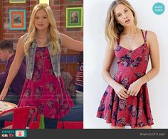 Lindy's red floral dress on I Didn't Do It.  Outfit Details: http://wornontv.net/51650/ #IDDI