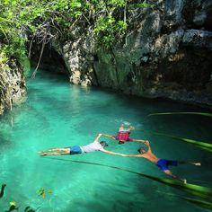 Berenang di pulau Bair seperti main ke waterpark tp 1000x lebih kerennn, karena…