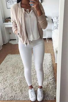 Nice a teen girl taking a selfie in her I'm good, I'm good, I'm greattttt for... Clothes Outfit Check more at http://fashionie.top/pin/41170/