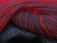 "Kilauea, Hawaii, USA ""Folding Lava"" (by Justin. Now I want a skien of yarn like lave. If I made it I would call it 'hot like lava' like Michael and I used to say ; All Nature, Science And Nature, Amazing Nature, Volcan Eruption, Breathing Fire, Fuerza Natural, Fotografia Macro, In Natura, Lava Flow"