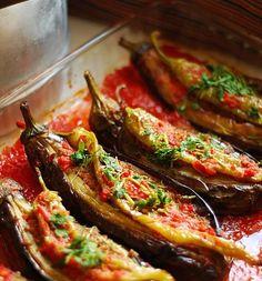Karnıyarık Tarifi Sulu Yemekler Sebzeli Yemekler Patlıcan Yemekleri Yemeği Tarifleri Oktay Usta  et yemekleri tarifleri