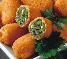 Croquetas de Espinacas: (Para seis personas). Ingredientes 1 Kg. de espinacas 3 huevos 2 cdas de harina de trigo 90 gr. de mantequilla ...