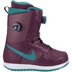Love this sneaker inspired snowboarding boot from Nike. Stay stylish even on the mountain. Nike Heels, Nike Boots, Snowboarding Women, Snowboarding Outfit, Snow Boots, Winter Boots, Best Snowboards, Winter Hiking, Winter Fun