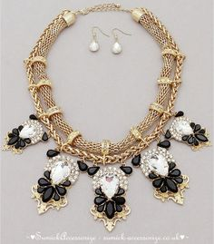 ♥Statement Necklace ~ Exclusive Collection♥ >>Stunning #Statement #Necklace #StatementNecklace #Trend #Fashion ~ Can purchase from our webpage http://sumick-accessorize.co.uk/ (© SuMick Accessorize UK Ltd)