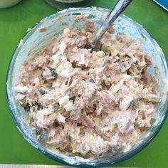 Simple Tuna Salad! Whole30, Paleo, Keto! #lickyourplate Cod Fish Recipes, Tuna Recipes, Salad Recipes, Fish Varieties, How To Cook Fish, Grilled Fish, Tuna Salad, White Meat, Paleo