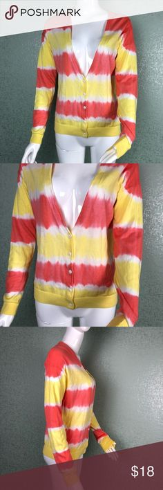 """89TH & Madison Size Small Yellow & Pink Cardigan In excellent condition  No flaws Perfect Springtime colors Armpit to armpit: 20"""" Length: 24""""  {AA} 89th & Madison Sweaters Cardigans"""