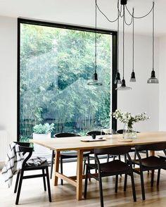 Avoir l'impression de manger à l'extérieur grâce à une surface maximale de vitrage