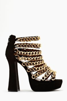 In Chains Platform Versace looking, Gianni approves Hot Shoes, Crazy Shoes, Me Too Shoes, Shoes Heels, Jimmy Choo, Heeled Boots, Shoe Boots, Versace, Christian Louboutin