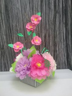 70 Best Paper Flower Centerpieces Images Craft Flowers Giant
