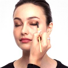 Love these great smokey eye makeup Tip# 8644 Love these great smokey eye make. Under Eye Makeup, Eye Makeup Tips, Smokey Eye Makeup, Drop Earrings, Eyes, Jewelry, Jewlery, Bijoux, Jewerly