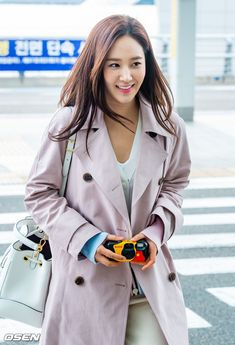 Yuri Kwon Yuri, Snsd, Girls Generation, Kpop, Coat, Jackets, Fashion, Down Jackets, Moda