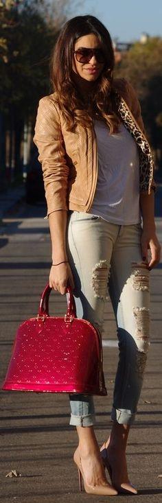 ♥Street Fashion :: Louis Vuitton Handbag